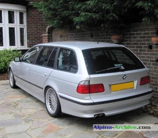 alpina archive car profile bmw alpina b10 v8 touring 178. Black Bedroom Furniture Sets. Home Design Ideas